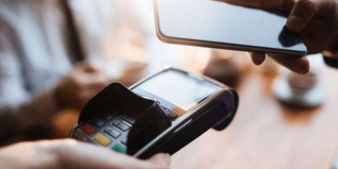 E' possibile effettuare pagamenti via smartphone? Sì, ma …